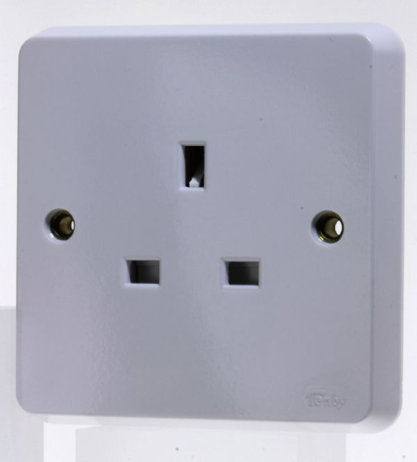 Tenby Glacier - 7017 - 13a Unswitched Single Socket Outlet Unused